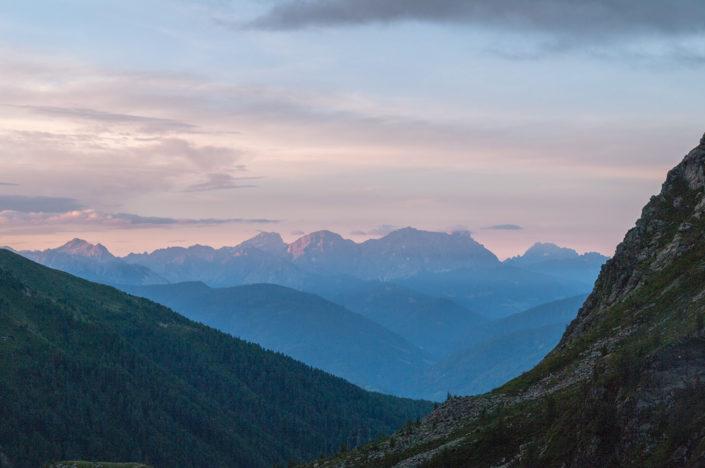 Sonnenaufgang im Pustertal Blick von der Kempspitze Tirol Italien