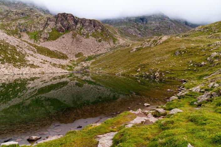 Tiefrastensee neben der Kempspitze im oberen Winnebachtal Südtirol Italien
