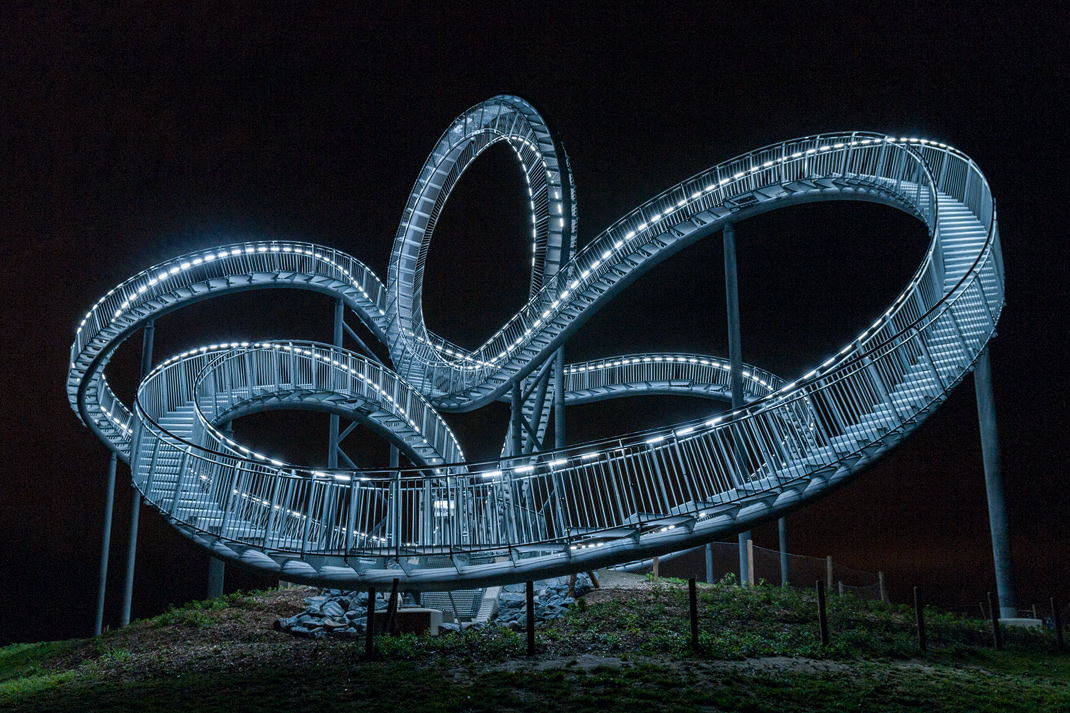 Tiger and Turtle - Magic Mountain Landmarke in Duisburg