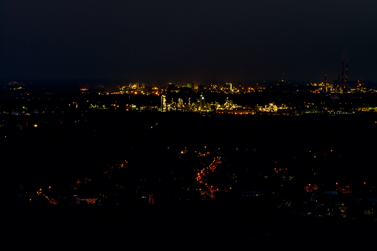 Foto Adventskalender, Halde Haniel, Oberhausen bei Nacht