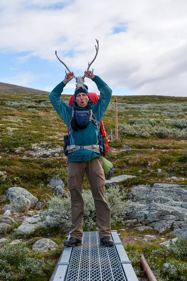 Foto Adventskalender, Trekking, Dovrefjell National Park, Norwegen, Flussüberquerung