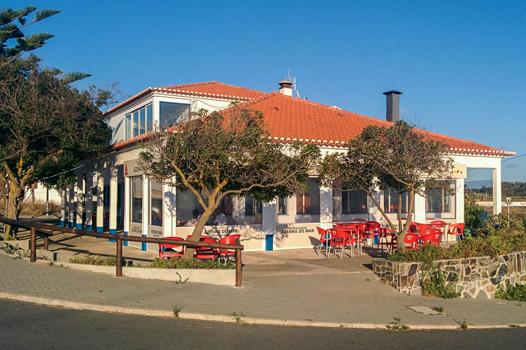Restaurant, Azenha do Mar, Portugal